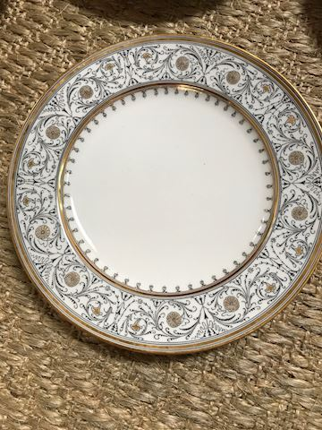 "SET OF 10 9"" CHINA DINNER PLATES GOLD FILIGREE"