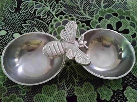 HONEY BEE CONDIMENT / CANDY/SERVING BOWLS  METAL