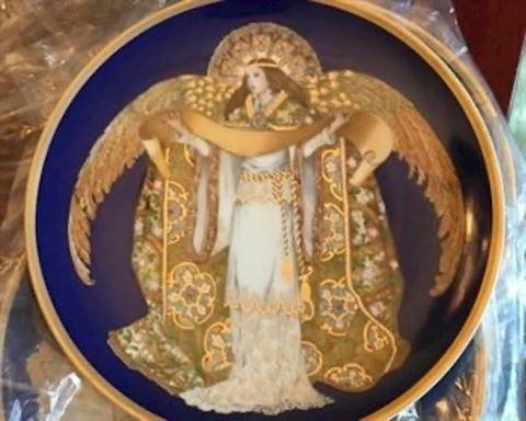 Hutschenruether Angel Plates