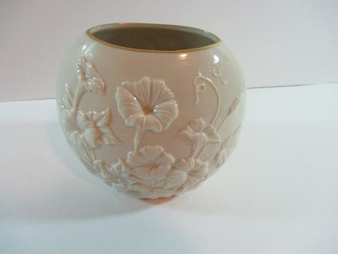 Lenox Humming Bird and Morning Glory Oval Vase