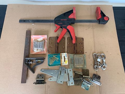 Craftsman Wood clamp & misc Lot # 207