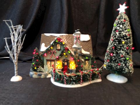 Department 56 Peppermint House