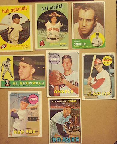 Collection of 8 Vintage Baseball Cards