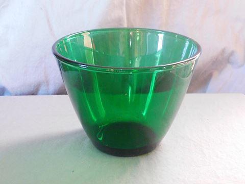 Splash proof bowl