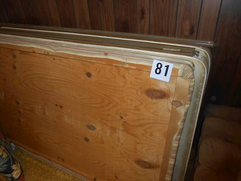 Lot #81 Twin mattress set