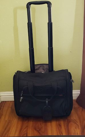 "TUMI 17"" 22051D4 BLACK  BUSINESS CARRY ON w/WHEELS"