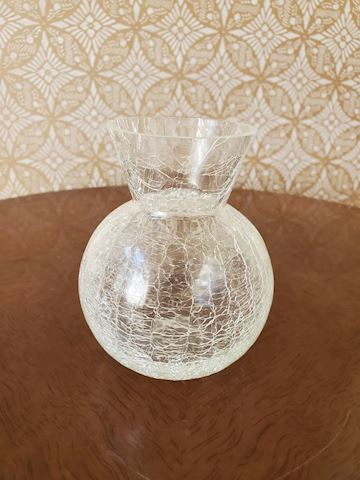 Small crackle vase
