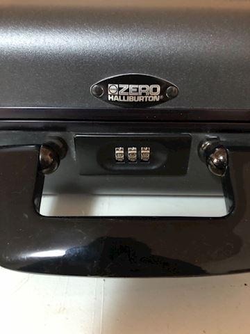 Halliburton  Zero Briefcase, computer, aluminum