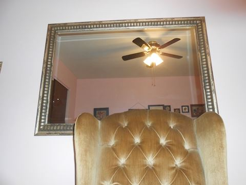 Beveled mirror approx 3' x 3.5'