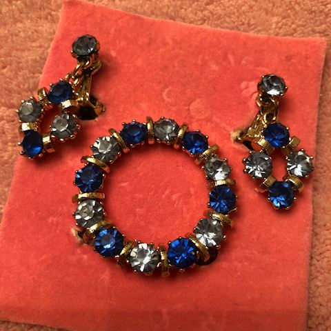 Brooch and matching Earrings set Blue and Clear