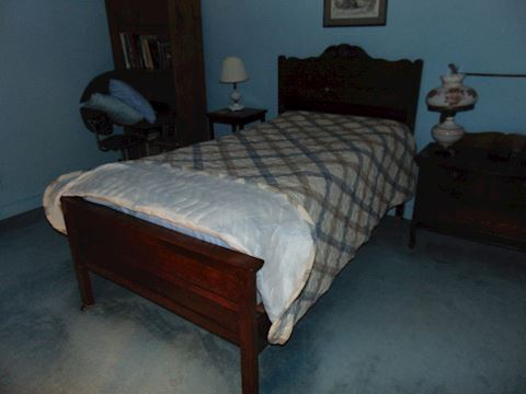 Antique Oak Twin Bed