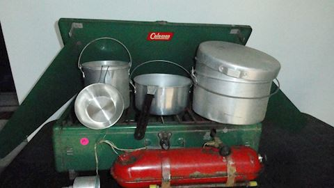 Vtg Coleman camp stove & cookware Lot #105
