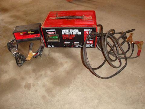 Century & Everstart battery chargers Lot #73