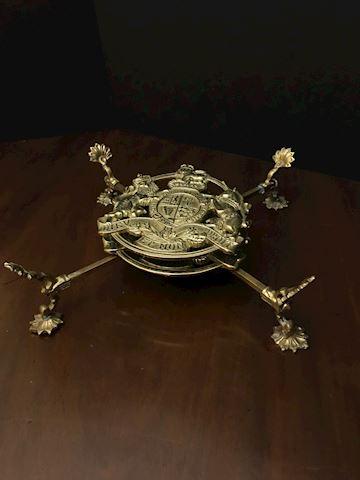 Liv.  534  Antique Brass Kings Arms Trivet (3 Pc.)