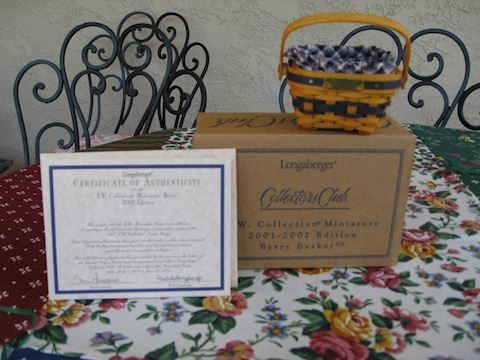 2001-2002 JW Miniature Berry Basket
