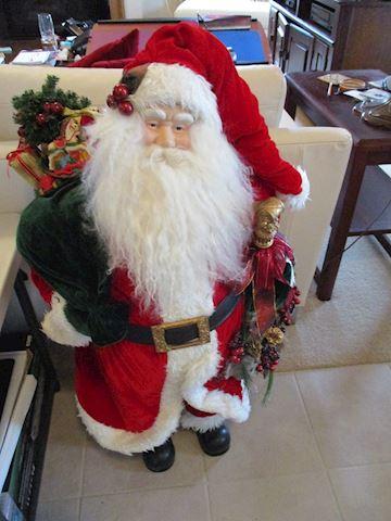 Santa stand-alone figure