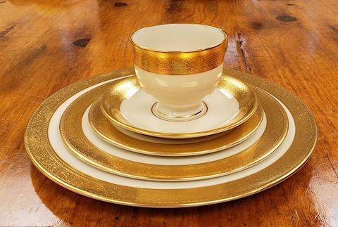 10- 5PC. PLACESETTING LENOX WESTCHESTER WHITE GOLD