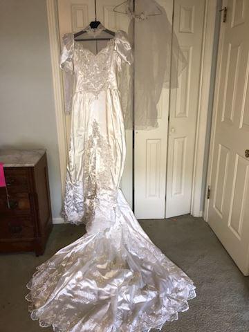 2 vintage wedding dresses 1950s / 1980s