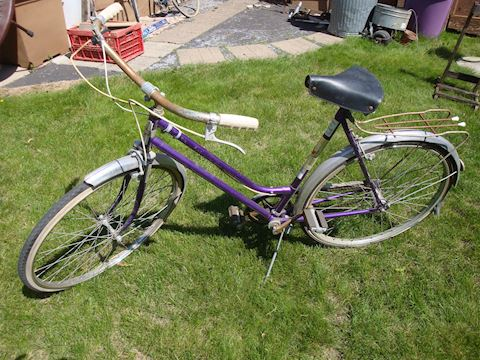 Vintage Wmns sport 2000 bicycle Lot #143