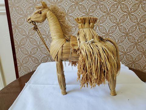 Straw horse figurine