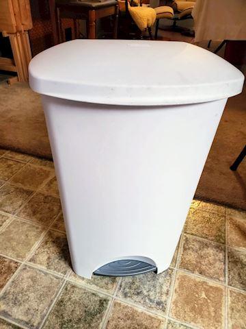 Sterilite Step-On Wastebasket