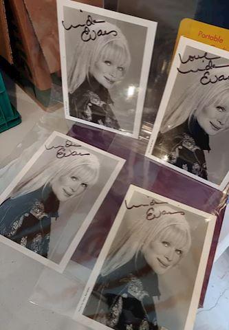 Linda Evans Autograph