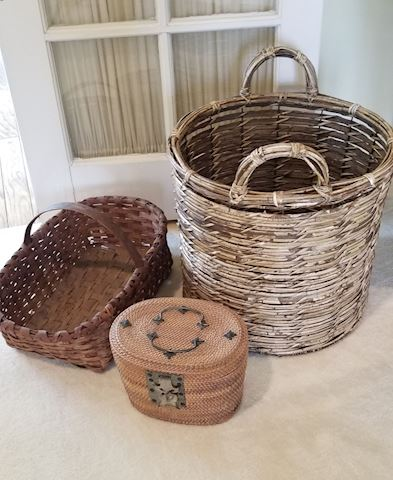 R 600   Assorted Baskets