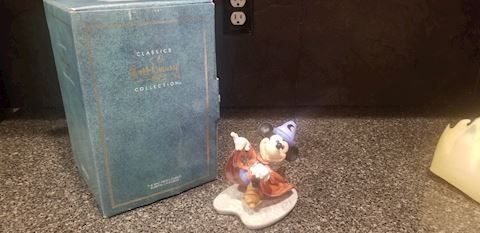 "WDCC DISNEY CLASSIC COLLECTION FANTASIA MICKEY ""MI"