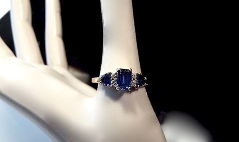 10K Gold & Dark Blue Topaz Ring, Size 6.5