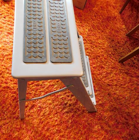 069 Metal Step Stool