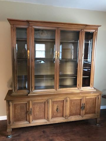Dining Room Sideboard & Hutch