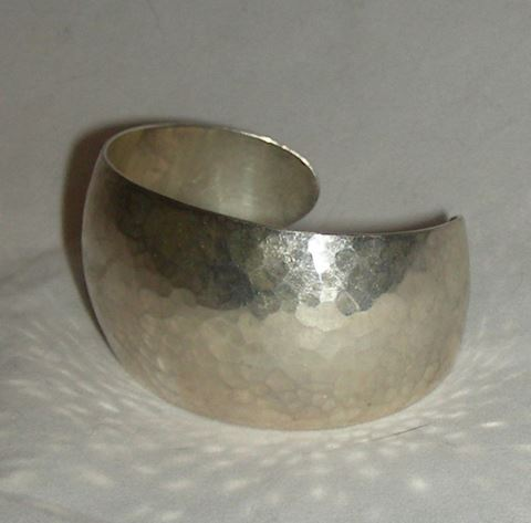 JAMES AVERY HAMMERED STERLING SILVER CUFF BANGLE