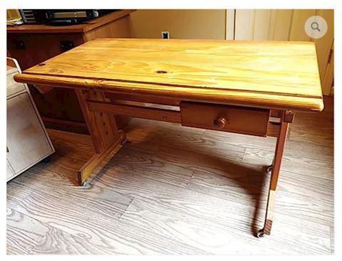 Desk on Wheels Oak