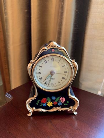 Vintage Splendid music box clock