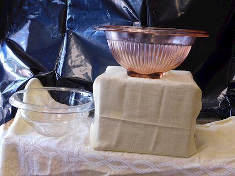 1930's pink depression rolled top depression bowl