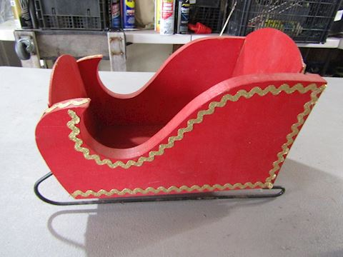 WOOD CHRISTMAS SLEIGH
