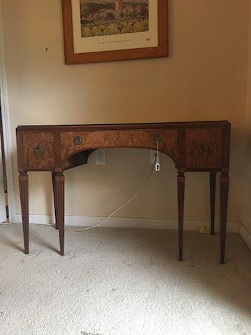 Royal antique dressing table