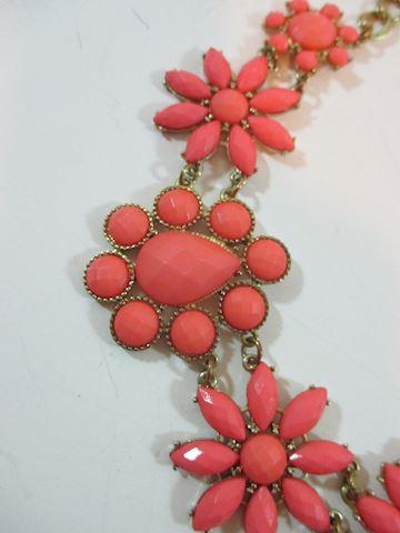 Stunning Hippie Daisy 70's-80's Choker Pink Stones