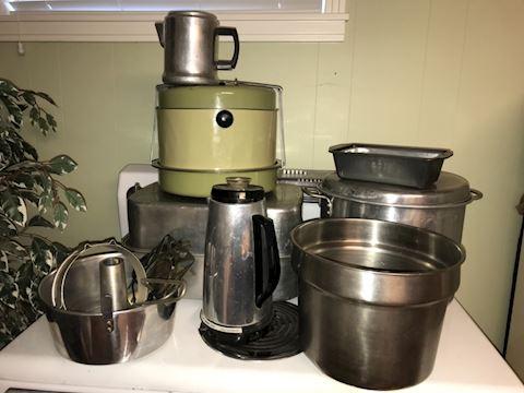 Vintage metal pots, roaster, pans PLUS