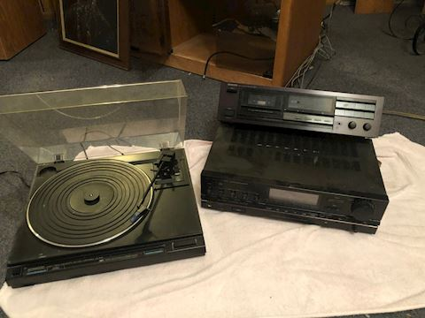 Kenwood Turntable-Onkyo Tape Deck-Fisher AM/FM