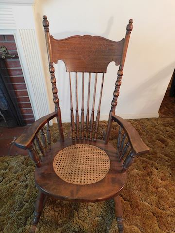 184 Old Rocking Chair