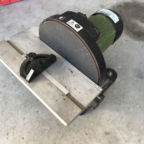 "12"" Central Machinery sander"