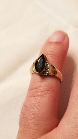 10k saphire ring