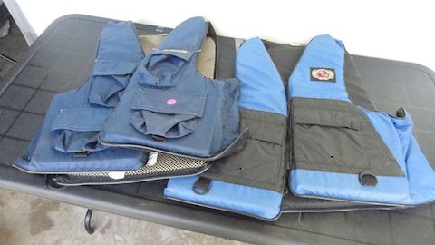 Stearns Life jackets Lot #173