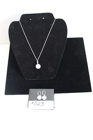 #023 Lot 2 New  Avon  Fabulosa CZ Earring Necklace