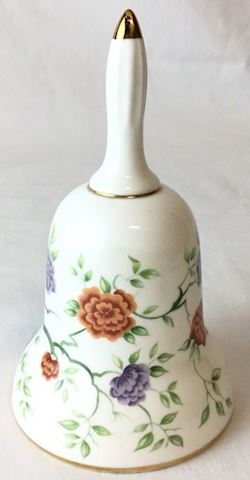 Royal Adderly England Bell floral 80S318