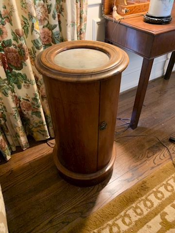 LIV. 109. Tall round marble top End table
