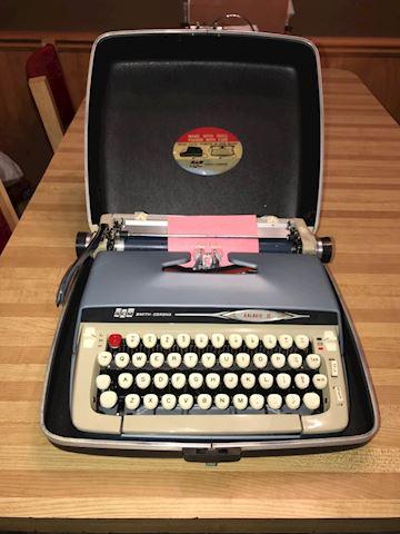Typewriter 1980's