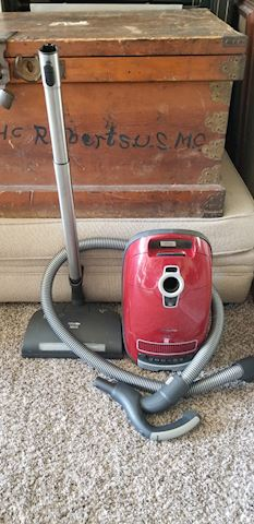 Miele C3 complete home care Vacuum cleaner