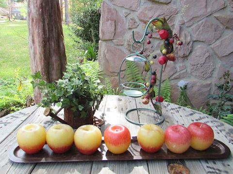 Apple Candles Centerpiece & Floral Decor